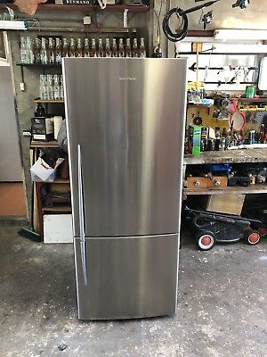 Fisher And Paykel 442 L Stainless Steel Frost Free Fridge Freezer