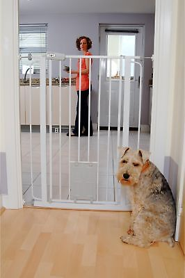 Bettacare Pet Gate With Cat Flap Extra Tall Indoor Double Lacking Safety Barrier