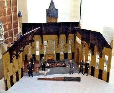Harry Potter Hogwarts Great Hall With Figures and Wand