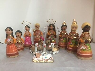 Vintage Mexican Tonala Pottery Nativity 14 Piece Set (brown)