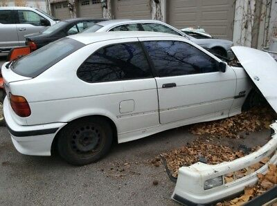 1995 BMW 3-Series 318ti 1995 bmw 318ti auto non sunroof slicktop. Hatchback Selling as whole or parts