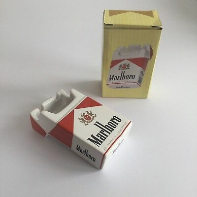 Retro Marlboro Aschenbecher in Zigaretten Pack Form