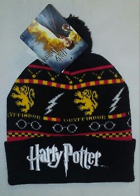 Harry Potter Embroidered Gryffindor Winter Black Knit Hat Cuff Pom NWT Beanie