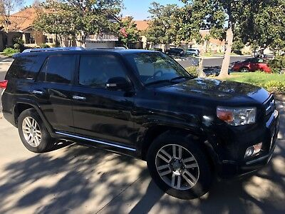 2010 Toyota 4Runner Limited 2010 Toyota 4-Runner - Limited - single owner - 3rd row seats - built in dvd