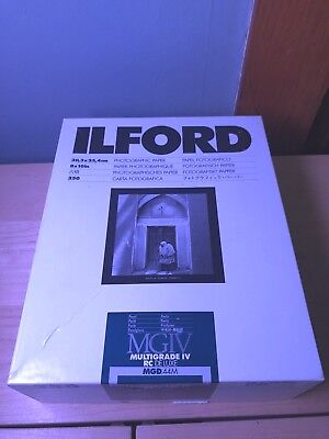 """ILFORD 8"""" x 10"""" MGIV Multigrade RC De Luxe Glossy Photographic Paper125 1/2 reem"""