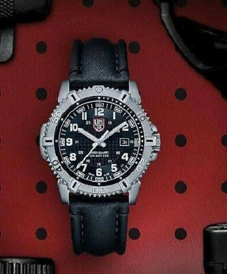 Preowned Luminox Men's Modern Mariner 6250 Series A.6251 Leather Strap Watch