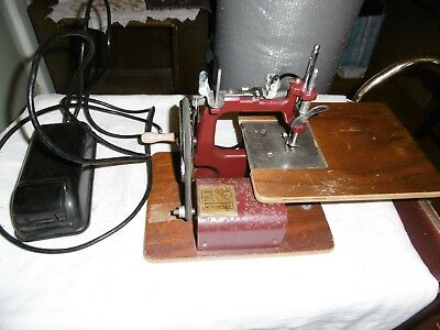 Essex miniature sewing machine