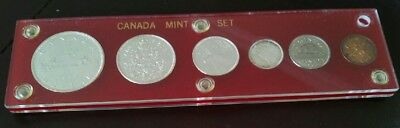 1963 CANADA COMPLETE COIN SET in Plexiglas case - Includes 4 Silver Coins