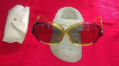 Vintage Polaroid 8433 Holland Oversized Sunglasses marble colored with case