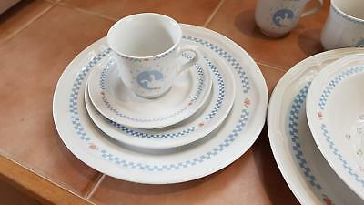 Duck Patterned 4 piece setting plus many extras.    Lilydale.