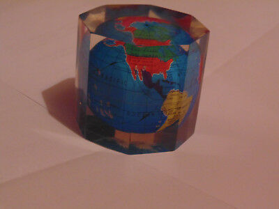 Small globe in perspex, paper weight 1970's, perfect condition,no scratchs.etc
