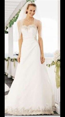 Beautiful Strapless Wedding Dress with lace-up back Size 16