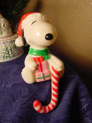 VINTAGE SNOOPY CHRISTMAS STOCKING HANGER Holder Candy Cane Peanuts Gang