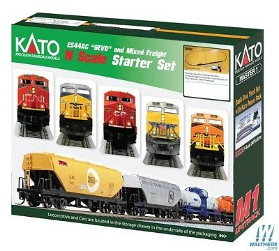 KATO 106-0023 Union Pacific, Master 1 Starter Set with Power Pack, track & train