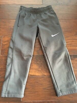 Nike Little Boy Therma-Fit Pants 4T Gray Great Condition