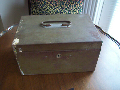 Vintage Metal Cash Box w/ Metal Tray Document, Papers, Primitive, Rustic w/o key