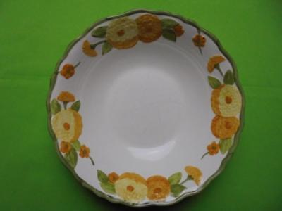 Metlox Poppy Trail Sculptured Zinnia Round Vegetable Serving Bowl