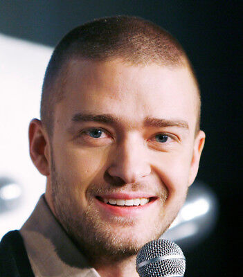 Justin Timberlake UNSIGNED photo - K8059 - SEXY!!!!
