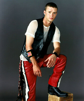 Justin Timberlake UNSIGNED photo - K8075 - SEXY!!!!!