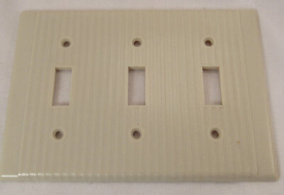 Vtg Leviton Art Deco Ivory ribbed Bakelite Triple 3 switch plate wall Cover