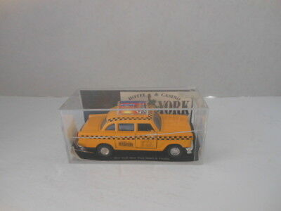Las Vegas New York New York Hotel & Casino Yellow Taxi Cab Diecast in Case