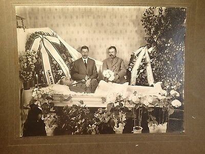 early 1900 OPEN COFFIN MAN POST MORTEM LARGE ORIGINAL PHOTO ON CARDBOARD EUROPE