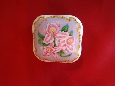 1990 Heritage Home Love Songs to Remember porcelain Musix Box Gail Magram Japan