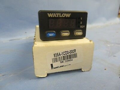 Watlow type 935A-1CD0-000R Temperature Limit/Process Controller