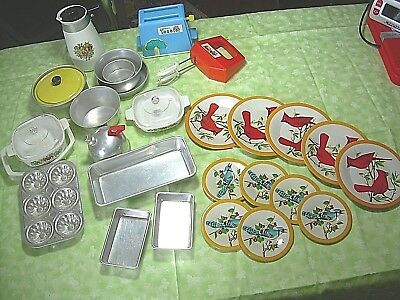 Vintage Toy Kitchen Cookware Corning ware Kiddy-Matic Plates Toaster Mixer #229