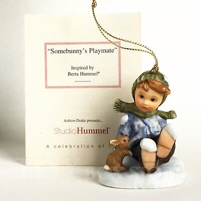 Ornament A Berta Hummel Christmas SOMEBUNNYS PLAYMATE boy bunny snow Goebel MINT