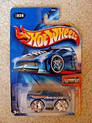 Hot Wheels - Blings CHEVY AVALANCHE - #026 - 2004 First Editions 26/100 - NIP