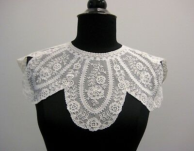 Embroidered Tulle Lace Collar White Petal Shape Vintage French 1970's