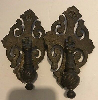 Set of 2 Vintage Large Solid Brass pendant drawer pulls knobs BPC 536