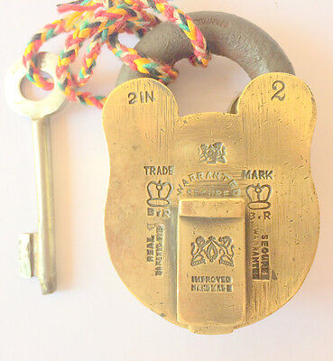beautifual hand made antique aligarh india made brass pad lock with key