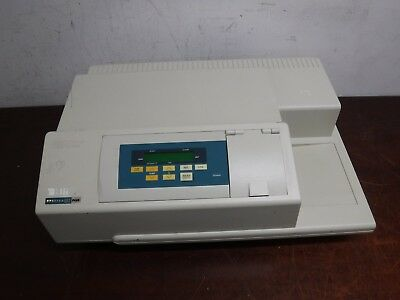 Molecular Devices SPECTRA MAX PLUS Plate Reader Ver. 3.05 Spectrophotometer