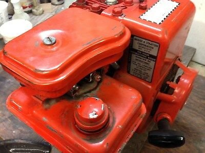 Vintage Briggs & Stratton 4 cycle engine + centrifugal clutch.  Runs great!