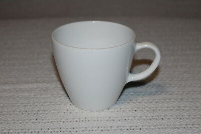 """Corning Centura WHITE COUPE 3 3/8""""d x 3""""h Coffee Cups & 6"""" Saucers (2 ea)"""