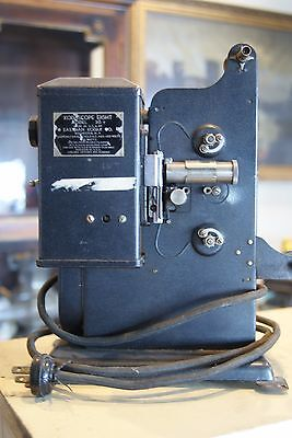 VINTAGE 1930s KODAK KODASCOPE EIGHT MODEL 20 MOVIE PROJECTOR Untested