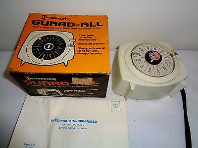 Vintage Intermatic Guard HT-150 -All 24 Hour Automatic Lamp Appliance Timer S7