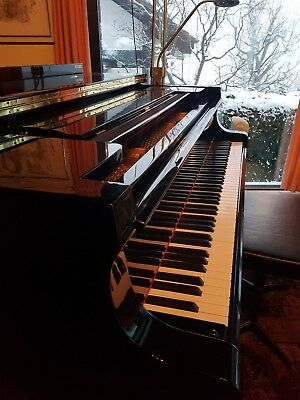 High-End Piano Yamaha S400b