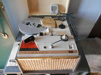 Vtg Telectro Model 1975 Stereophonic 2 Speed Tape Recorder w. Manual/ Microphone