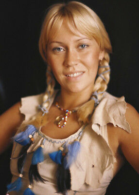 Agnetha Faltskog UNSIGNED photo - K9035 - Member of the pop group ABBA