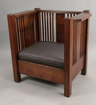Antique Arts & Craft Prairie Style Cube Chair With Leather Upholstery (10854)