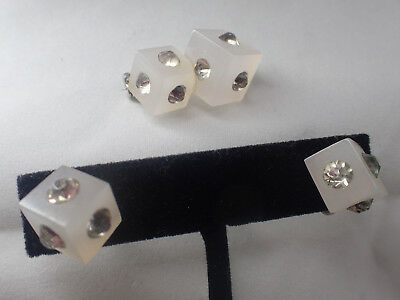 VINTAGE ART DECO LUCITE RHINESTONE PIN EARRING SET 40 's 50's era