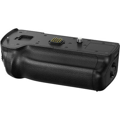 New PANASONIC DMW-BGGH5 Battery Grip for GH5
