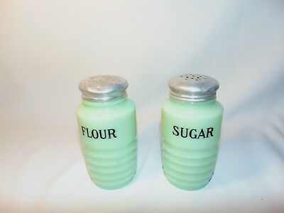 Jeannette Sugar Flour Shakers Green Ribbed Beehive