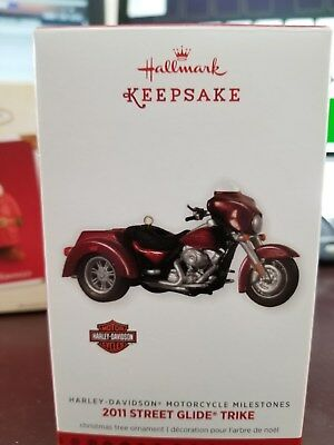 Hallmark Keepsake Ornament-Harley Davidison Trike-15th in HD Milestones Series