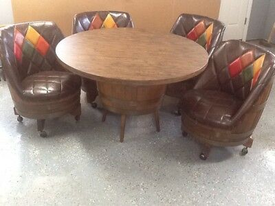 Vintage Mid  Century  Wiskey  Barrel  Table  &  4 Chairs