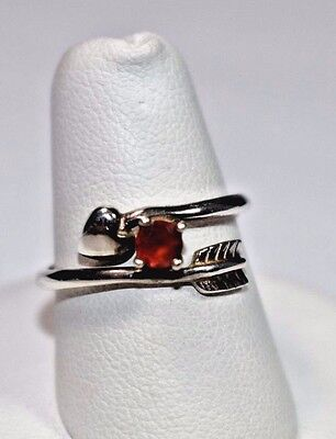 Amazing Avon Sterling Silver 925 Heart Arrow Red Garnet Ring Band Sz 7.25