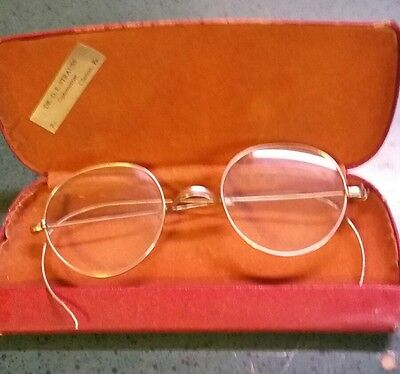 Antique Pair of Wire Rim Eyeglasses w/Case
